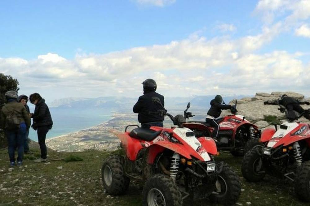 Quad bike ride along the countryside of Trapani and visit to the Archaeological Park of Segesta-image-4