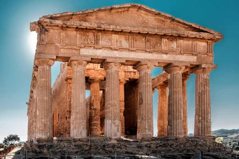 Guided tour along the Valley of the Temples and the Archeological Museum in Agrigento-image-4