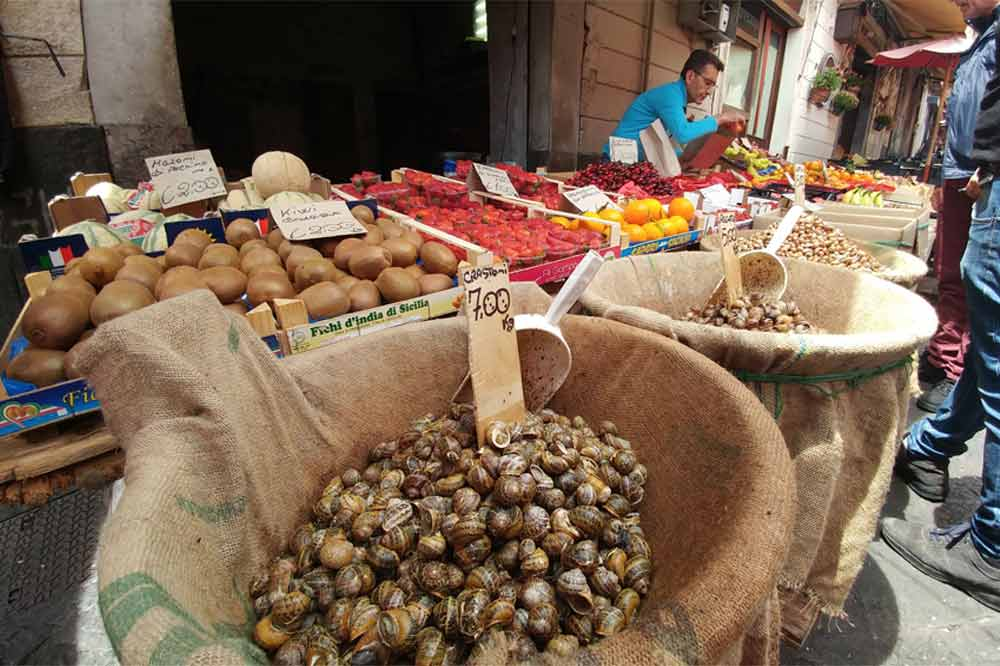 Street Food Tour in Catania including a visit to the old town and the fish market-image-10