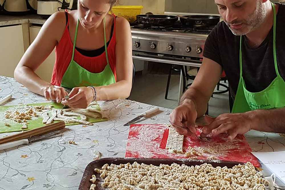 A Sicilian cuisine based cooking class and lunch within a holiday farm in Syracuse-image-5