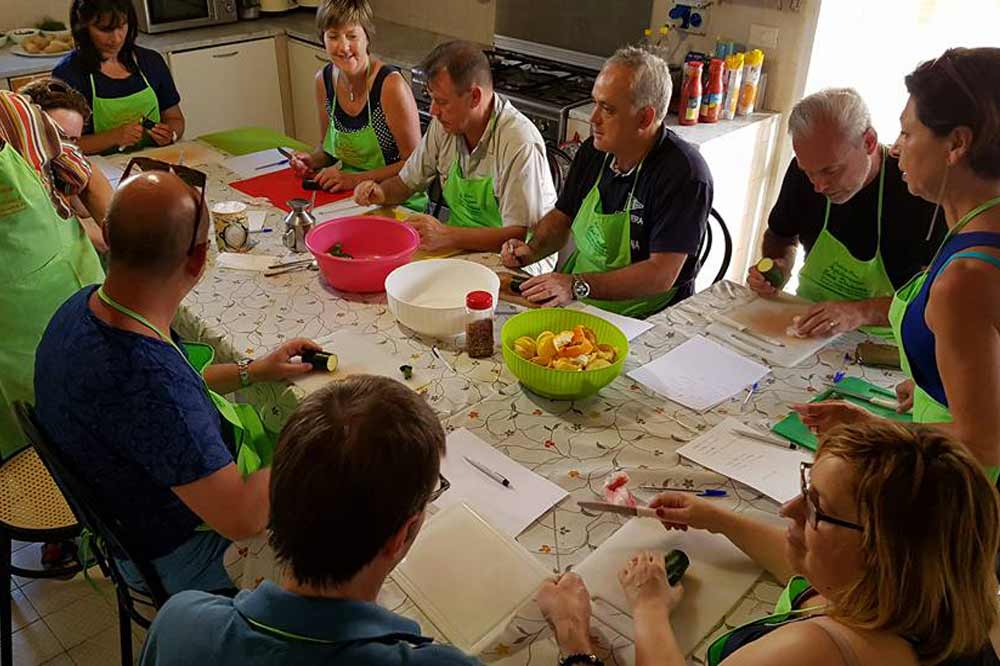 A Sicilian cuisine based cooking class and lunch within a holiday farm in Syracuse-image-6