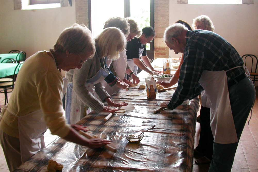 A Sicilian cuisine based cooking class and lunch within a holiday farm in Syracuse-image-9