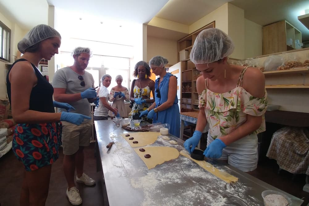 Sicilian pastry making class tasting of Modica local chocolate and typical desserts-image-5