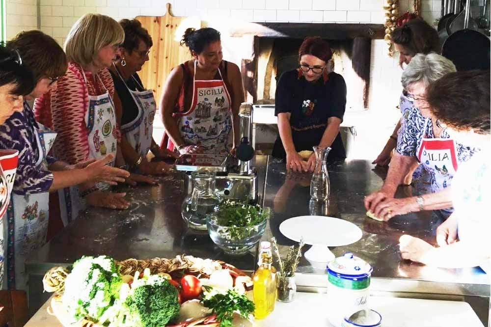 Cooking class in the countryside and typical Sicilian cuisine lunch in Agrigento-image-6