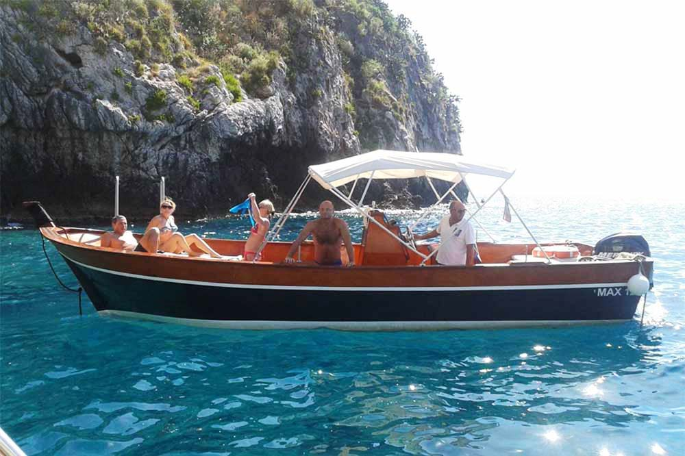 Boat excursion Taormina: from Isola Bella to Blue Cave with aperitif on board-image-5