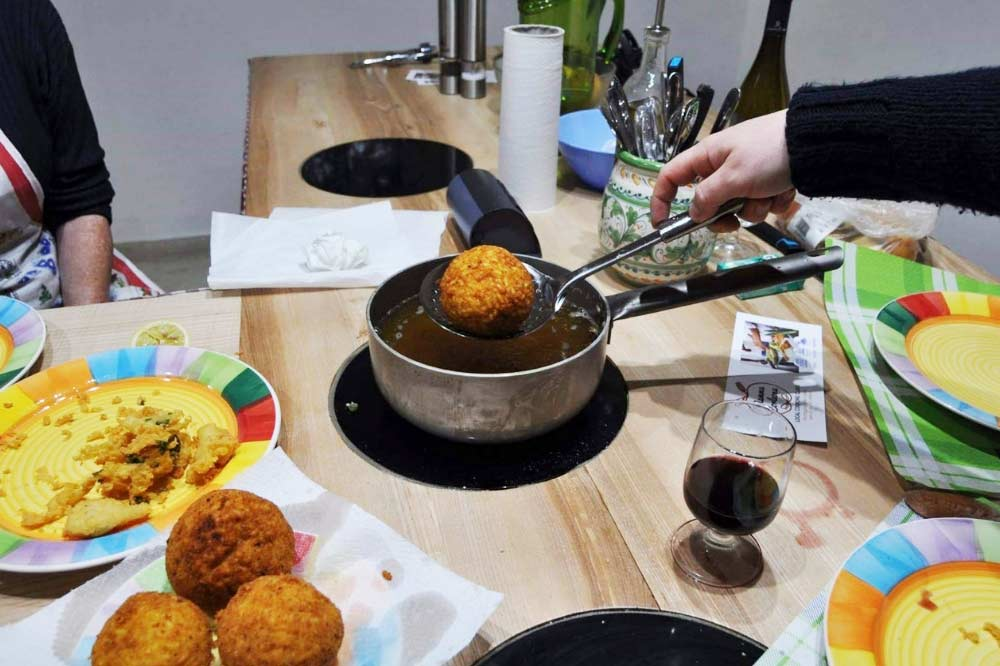 "A cooking class ""made in Sicily"": learn how to cook the street food of Palermo-image-4"