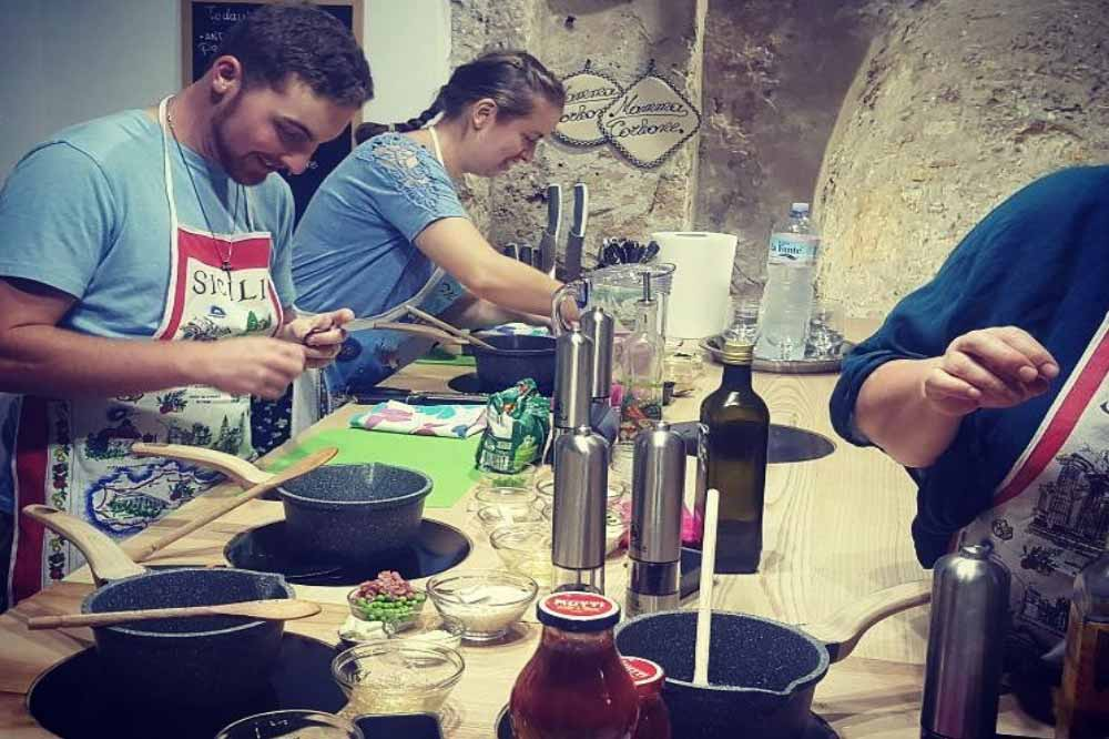 "A cooking class ""made in Sicily"": learn how to cook the street food of Palermo-image-9"