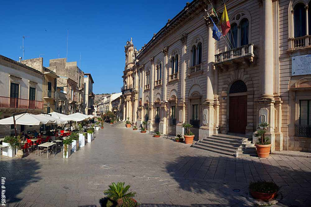 Visit the setting of the famous Inspector Montalbano TV series: from Punta Secca to Donnafugata Castle-image-4