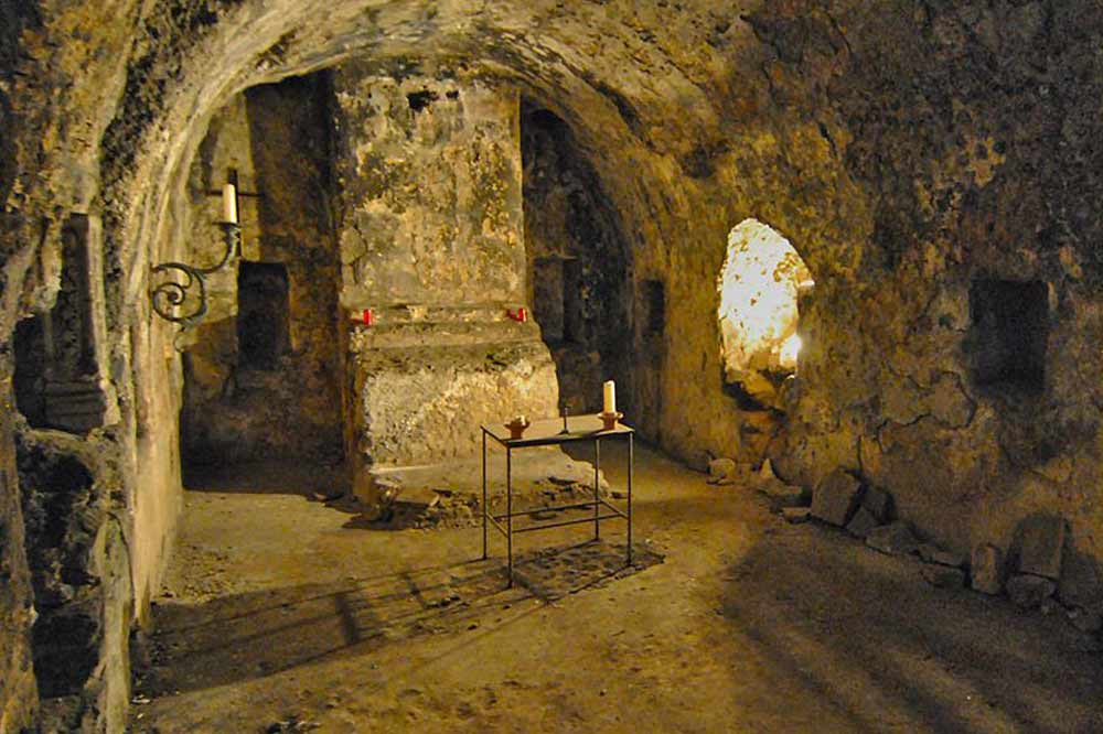 The mysterious Catania: a guided tour to discover the underground city-image-5