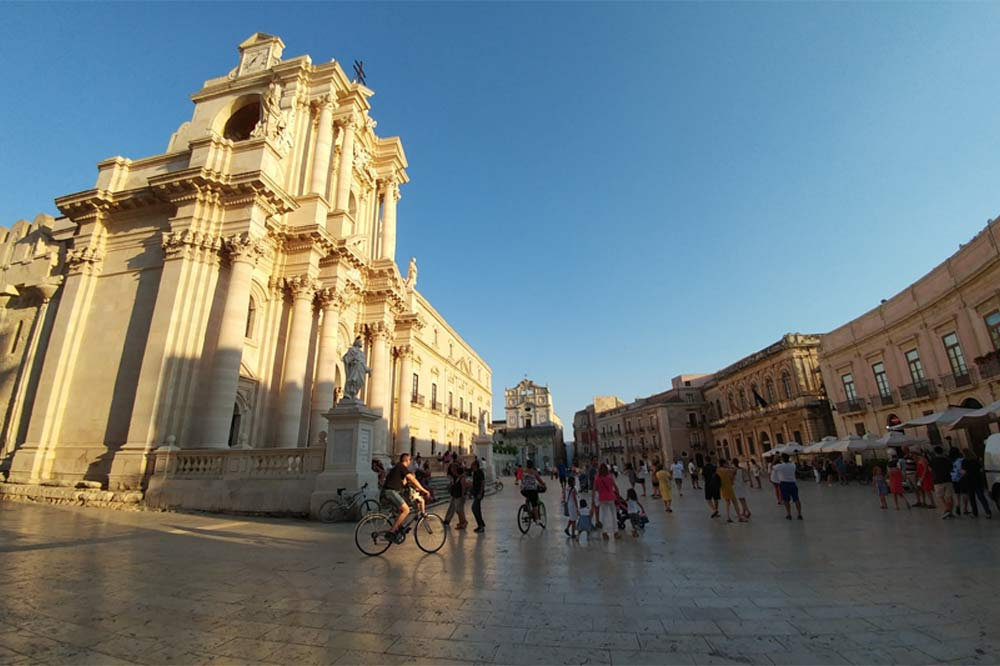 Guided tour of the Ortygia Island and the Archaeological Park of Syracuse-image-4
