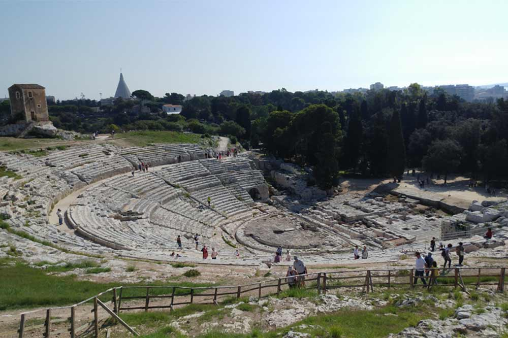 Guided tour of the Ortygia Island and the Archaeological Park of Syracuse-image-6