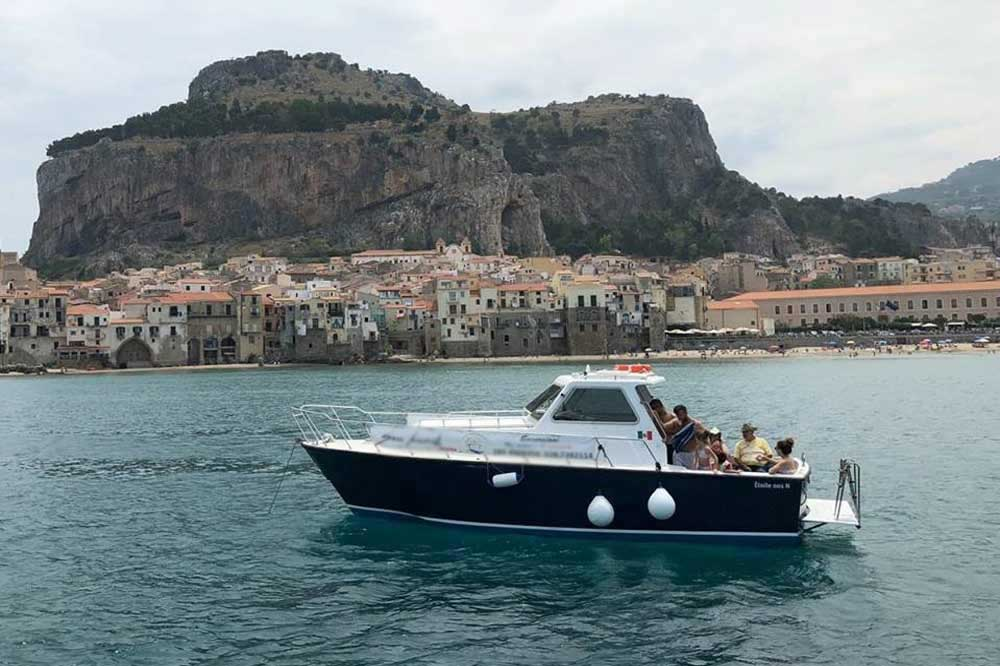 A boat trip to Cefalù on a quest for grottoes and coves-image-4