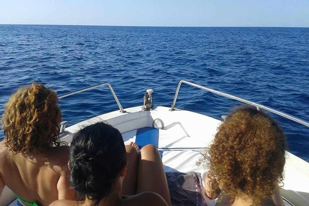 A boat trip to Cefalù on a quest for grottoes and coves-image-5