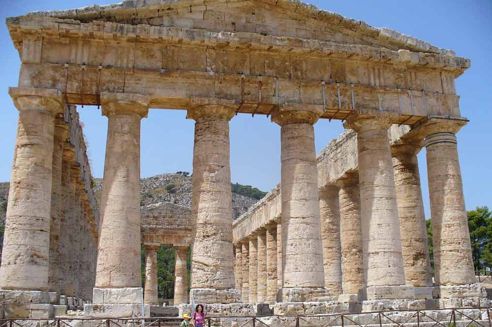Guided tour of Segesta to discover its Temple and the Greek Theatre-image-5