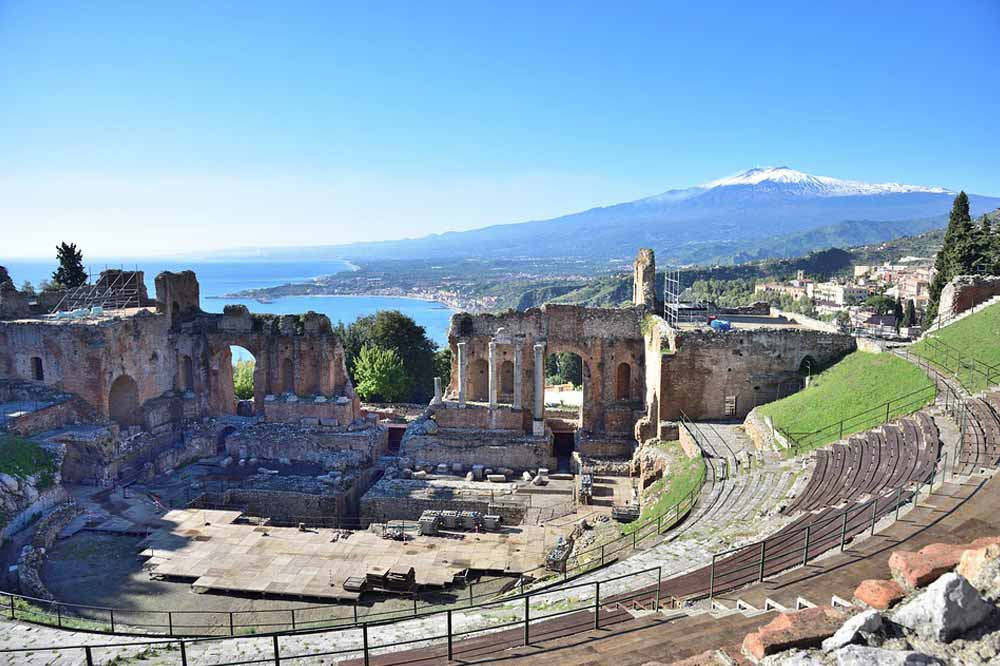 Guided tour of Taormina and the Greek Theatre-image-9