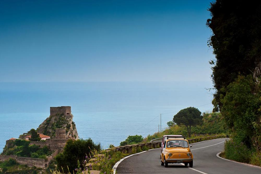 Tour by Fiat 500 to discover Taormina and Etna-image-4